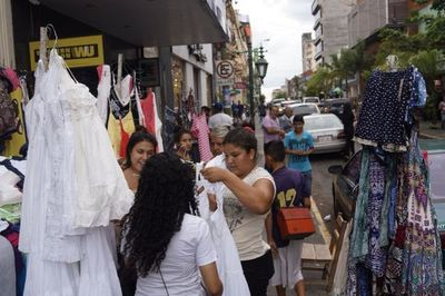 Municipalidad buscará ordenar la Calle Palma