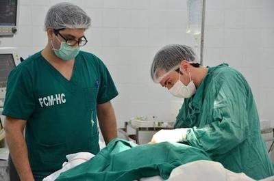 Tercer trasplante del año: mujer donó riñón a su padre