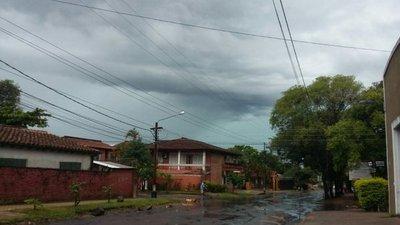 Lluvias y tormentas para 11 departamentos