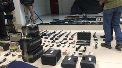 Otorgan arresto domiciliario a implicado en tráfico de armas