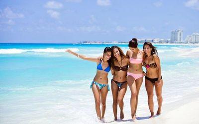 Las tendencias en bikinis y los precios del mercado