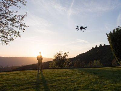 Drones, el arma secreta de Apple para competir con Google Maps