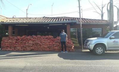 Confiscan 6 toneladas de cebollas de contrabando