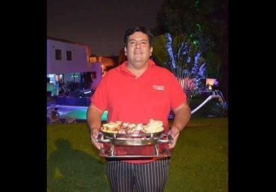 De cartero pasó a ser un gran empresario del asado