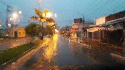 Lluvias y tormentas para 5 departamentos