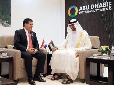 Cartes en Emiratos Árabes: anuncian decisión de impulsar comercio