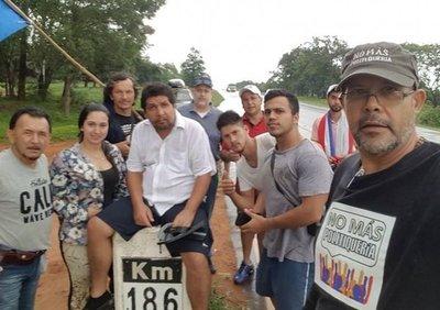 """Cartes y Lugo, unidos por un """"69 político"""""""