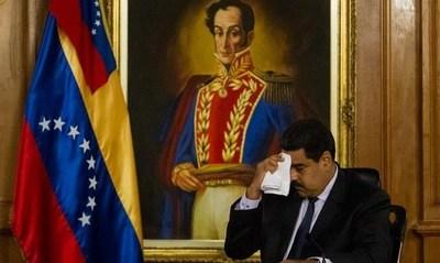 FMI: economía venezolana se hundirá más este año