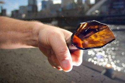 CDE: Chuki atacó a sus vecinos con botella de vidrio