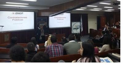 DNCP organiza talleres de capacitación para funcionarios del Estado y proveedores
