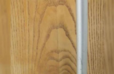 Ateo queda en shock al ver la cara de Jesús en la puerta de una tienda