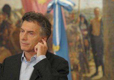 Macri quiere endurecer la política migratoria