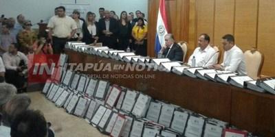 GNEITING: ''RECOLECCIÓN DE FIRMAS ES DEMASIADO CONTUNDENTE''