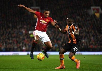 Valencia extiende su vinculación con el United