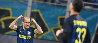 El Inter pasa por la prórroga para eliminar al Bolonia en la Copa