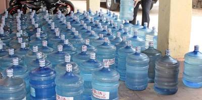 18 marcas de agua mineral inhabilitadas para consumo