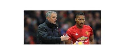 Mourinho cree que no hay un lateral mejor que Antonio Valencia