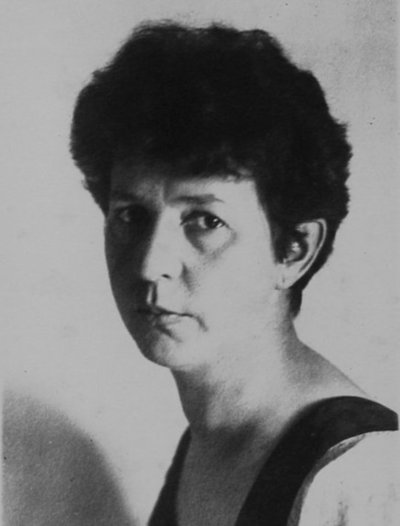 La muerte de Anna Gertz, «Reina madre de las flores»