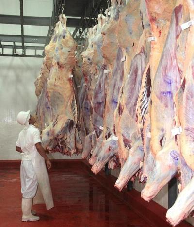 Paraguay apunta a conquistar 70 mercados más con la carne
