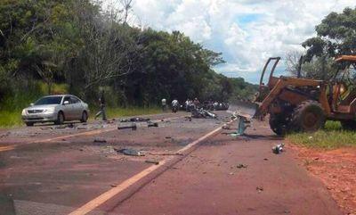 Presunto narco murió al chocar contra un tractor