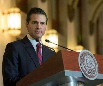 """Peña Nieto mantiene de momento el viaje a Washington y pide """"respeto"""" para México"""