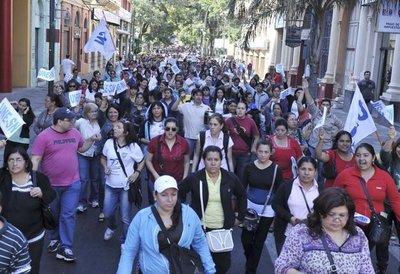 MEC quiere negociar inicio de clases por licencias sindicales a docentes