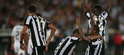 Botafogo deja escapar cómoda ventaja y Colo Colo respira para la vuelta