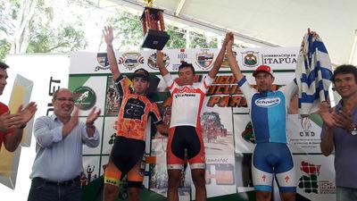 Final exitoso de la Vuelta Ciclística Alto Paraná