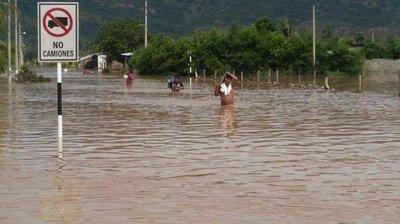Perú declara en emergencia por 60 días a tres regiones por inundaciones