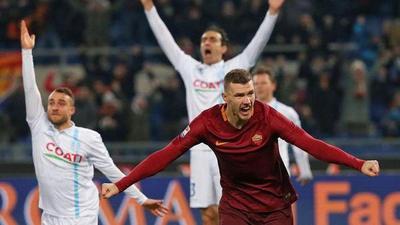 Roma golea a la Fiorentina y recupera el segundo puesto