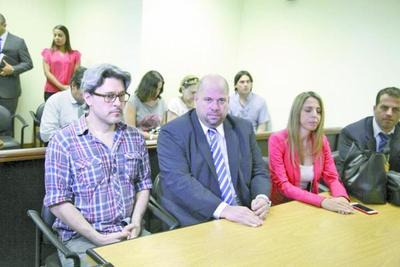 Suspenden juicio de Soares por estudio de inconstitucionalidad