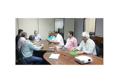 Intendentes y ganaderos del Chaco piden apoyo al  MOPC