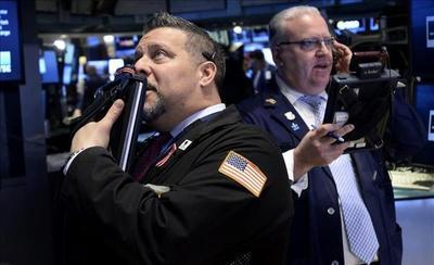 Wall Street sigue sin rumbo y el Dow Jones cede un 0,02 % a media sesión