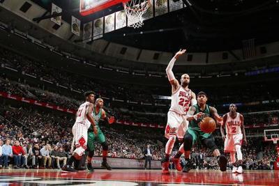 Butler mantiene agresivos a los Bulls en la NBA