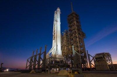 Abortan a último minuto despegue de cohete de Space X