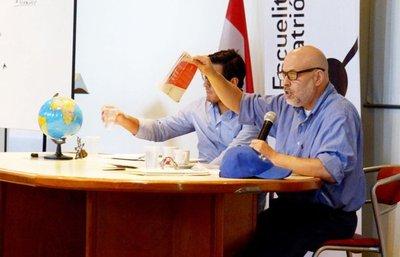 Paraguayo Cubas dice que el presidente Cartes no es un dictador, sino un tirano
