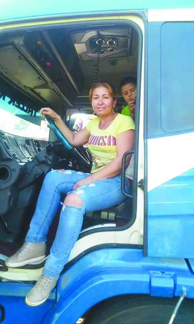 """""""Para ser camioneras hay que tener coraje"""""""