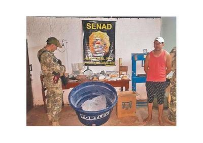 Hallan cocaína y evidencias de procesamiento de la   droga