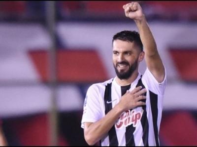 Sasá, el nuevo goleador centenario