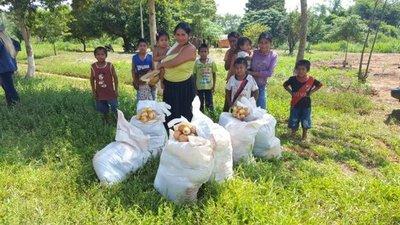 Menonitas elaboraron pan para 400 familias