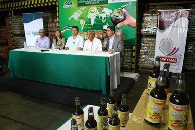 Productores de miel de caña conquistan el mercado español