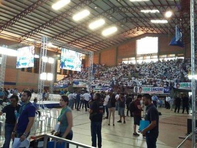 Convención podría suspenderse por disturbios
