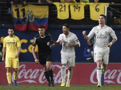 Real Madrid remonta y sigue como puntero