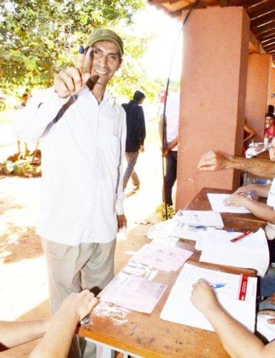 Oficializan a los candidatos municipales en 4 distritos