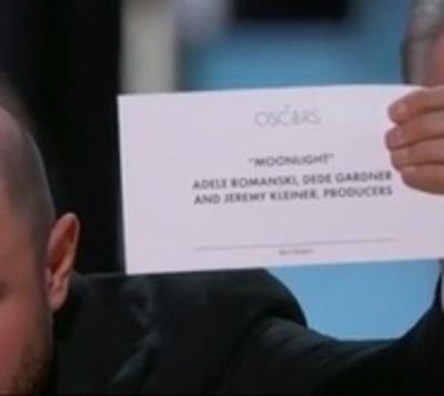 'Moonlight' roba el Oscar a 'La La Land'