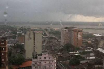 Diez departamentos, bajo alerta meteorológica