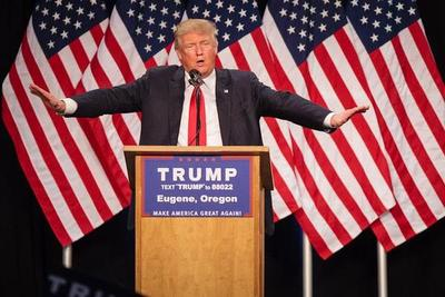 Trump modera tono pero mantiene promesa de mano dura