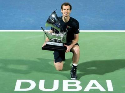 Andy Murray gana por primera vez en Dubái