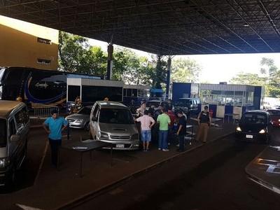 Brasil inicia estricto control en el puente de la Amistad con todas sus fuerzas