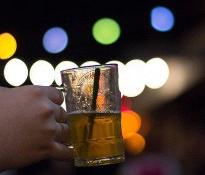 San Patricio con cerveza casera y artesanal